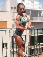 Amazing young female bodybuilder by edinaus