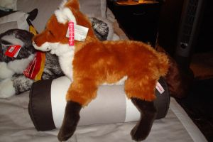 Fao Schwarz fox 18in side by Vesperwolfy87