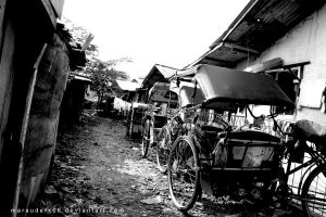 Becak _pedicab_ and poverty by marauderx666