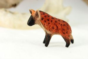 Hyena figurine by hontor