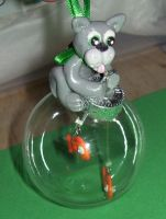 Cat and fish ornament by ladytech