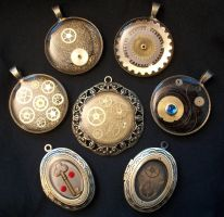 More Steampunk Resin Pendants by epiquemetalworx