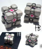 Weighted Companion Cube by heather-blacklock