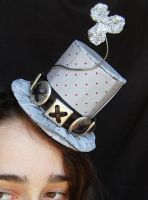 Tiny Top Hat: The Silver Leprechaun by TinyTopHats