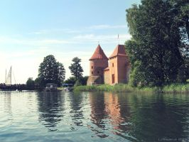Trakai and the lake by KuroSy