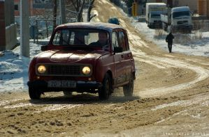 Renault 4 by ivancoric