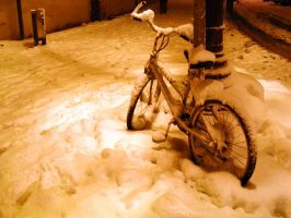 Snow Bicycle by AzumaShinohara