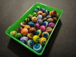 Colorful Saucer Beads by xneeneex