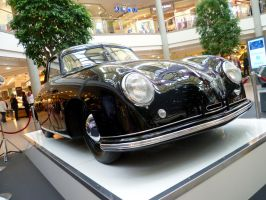 1950 Porsche 365 Coupe by someoneabletofindana