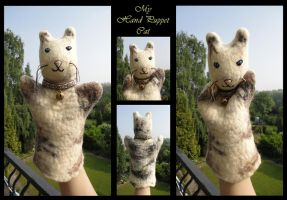 Hand Puppet Cat by Eilan-Ilain