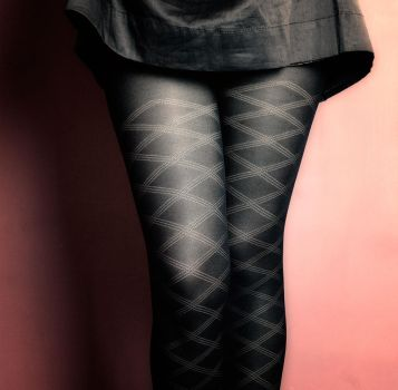 Skirt and Rhombus by emiliogtz