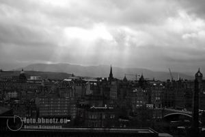 Edinburgh: A view without color by Avalarion