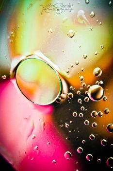 Bubbles Vibrations in Colours by XavierSchneider