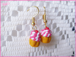 Pink Cupcake Earrings by CookingMaru