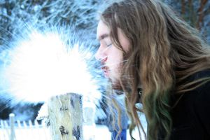 Blowing snow by Vendrava