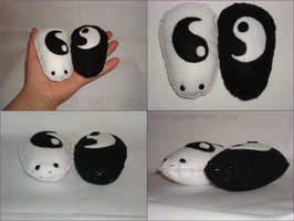 Palm Pets Ying and Yang by AStitchOfCute