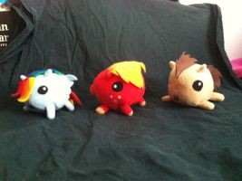 PONY BLOB PLUSHIES FOR SALE by Kimmorz