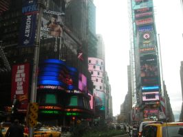 Times Square, April 2007 by st112570