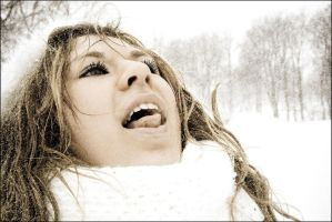 snow's falling on my tongue by dincha