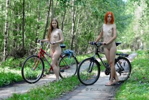 Nude Bike Twins 1 by FotoKirchos