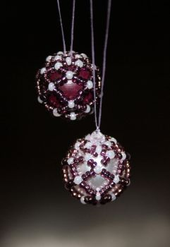 Small Beaded Baubles by snowcrashed