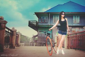 Fixie Girl by RobbyCahyadi