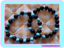 black and blue bracelet by cuca-factory