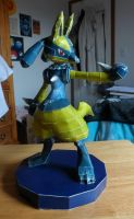 Shiny Lucario Papercraft by WhiteShiningDragon