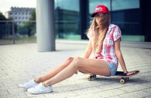 Skateboarding by PhotoYoung