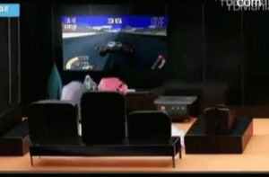 GDYB playing video game by yulsic