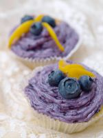Blueberry Cupcakes by Lyraina