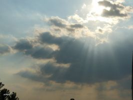 clouds and the sunbeam by andi40
