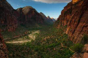 Zion Canyon by mikewheels
