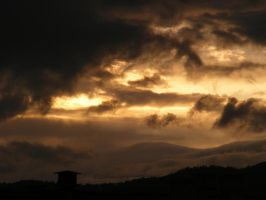 Angry skies by 7DS7