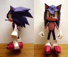 sonic papercraft by tierafoxglove