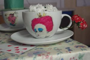 Queen of Hearts Cup by LucyLostInWonderland