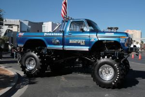 1975 Bigfoot by TheCarloos