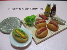 Miniature Hotdog Prep Board by ilovelittlethings