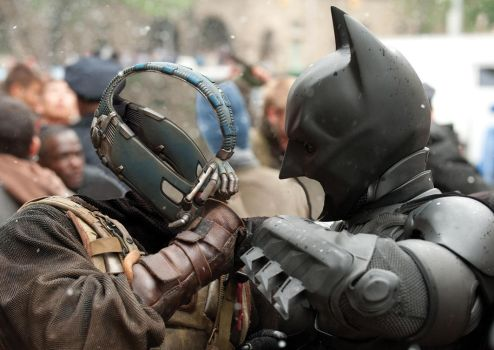 The dark knight rises - Battle between two symbols by Skal0man
