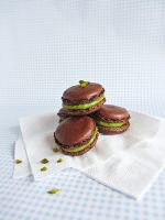 Chocolate Pistachio Macarons by dabbisch