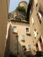 Foix, looking up by Dvenas