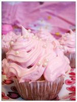 Pink Cupcakes by SkuttyWan
