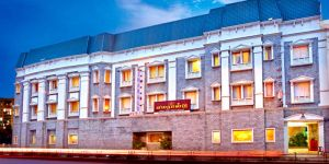 Business hotel Chennai by robertbruse
