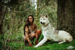 Pocahontas and her wolf at attention. by desomerphotography