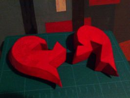 Failed heart papercraft by DannyNvrr