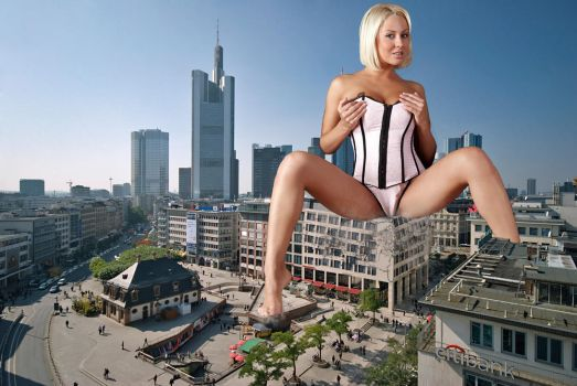 Giantess in the city 5 by lala222221