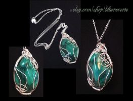 Malachite Wire Wrapped Necklace by bluereverie