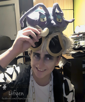 Eat it you little sh..! - Guzma and Wimpod Cosplay