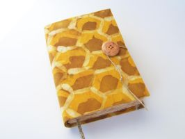 honeycomb, journal, cover with batik, 224 pages, h by Patiak