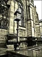 Edinburgh Lamp by Estruda